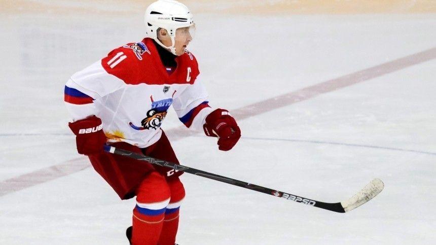 Президент отметил, что Россия входит вчисло ведущих хоккейных держав.