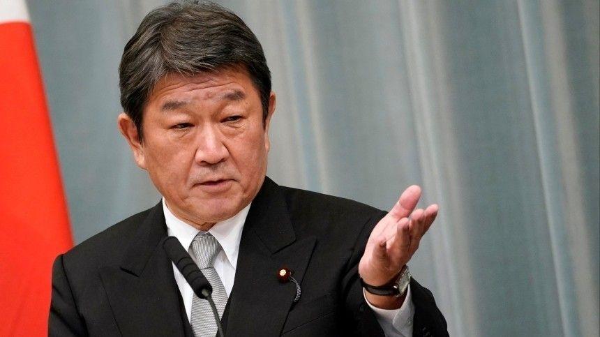 Глава МИД Японии призвал G7 выработать единый подход к России