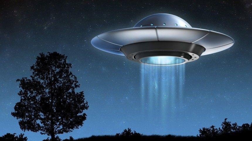 Пентагон проверят на качество работы с сообщениями об НЛО