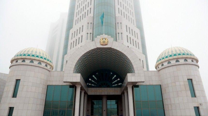 Пословам главы МИД РФ, определяющие внешнюю политику Кремля лица уважают суверенитет итерриториальную целостность страны.