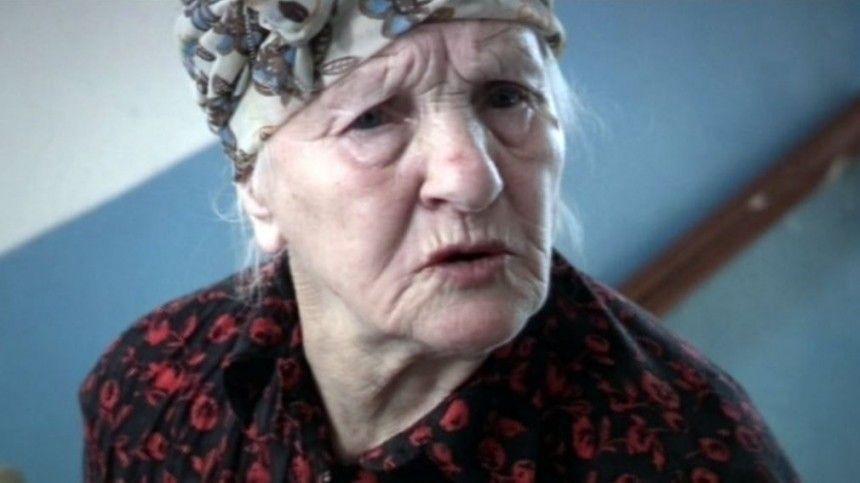89-летняя актриса досих пор снимается вкино ипомогает простым горожанам, хотя еесудьба была несамой простой.