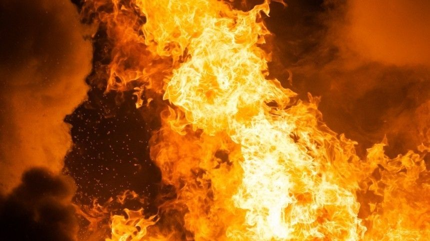 Пассажирка внедорожника заживо сгорела вогненном ДТП под Волгоградом— видео