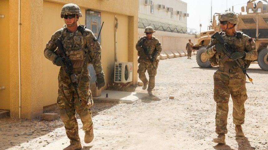 Журналисты издания утверждают, что Пентагон вполне может передислоцировать контингент натерриторию Узбекистана иТаджикистана.