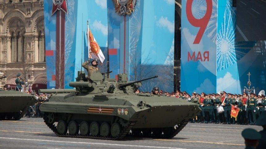 Торжественные мероприятия, посвященные 76-й годовщине Победы советских солдат вВеликой Отечественной войне, обескуражили иностранцев.