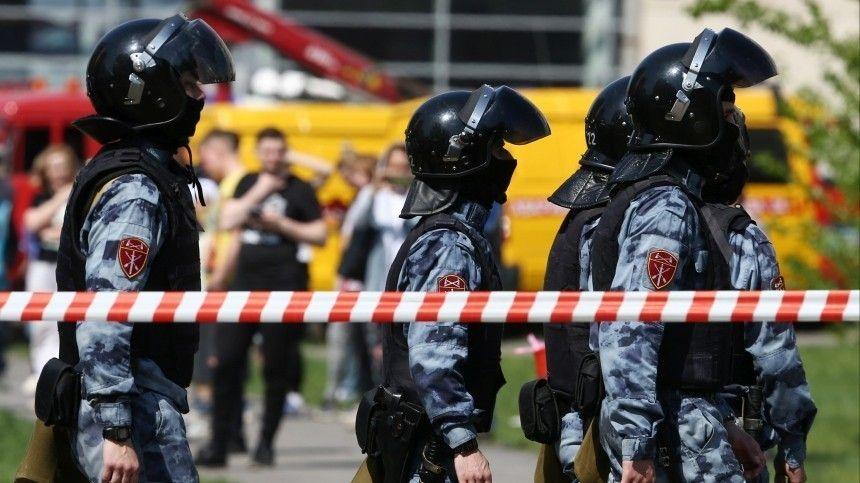 Врезультате атаки наобразовательное учреждение скончались девять человек. Восемь изних— дети.