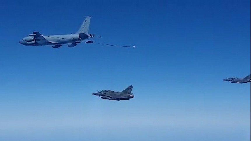 Сообщается, что истребители исамолет-заправщик государства-члена НАТО приближались кроссийской границе.