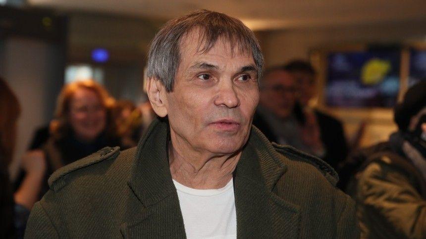 Я в заточении: Бари Алибасов сообщил, что сын забрал его паспорт