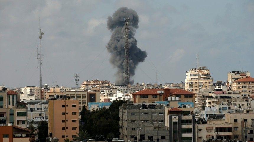 Столкновения между арабскими иеврейскими жителями идут уже несколько дней.