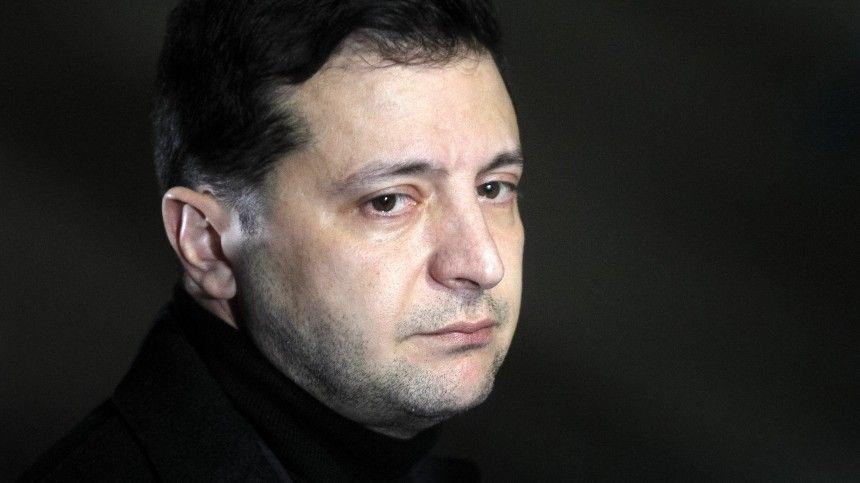 Эксперт вобласти коммуникации человека Светлана Пешенькова объяснила, почему властолюбие может «убить» скандально известного политика.