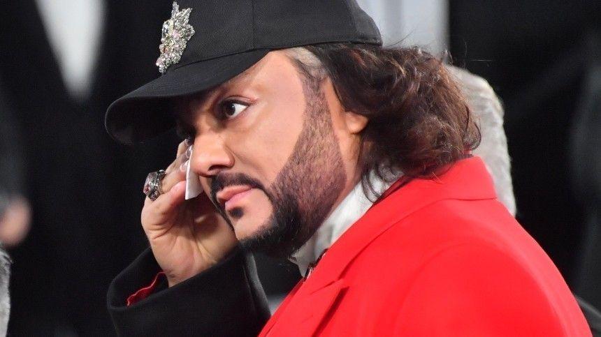 Звездные коллеги поп-короля выразили ему соболезнования вкомментариях.