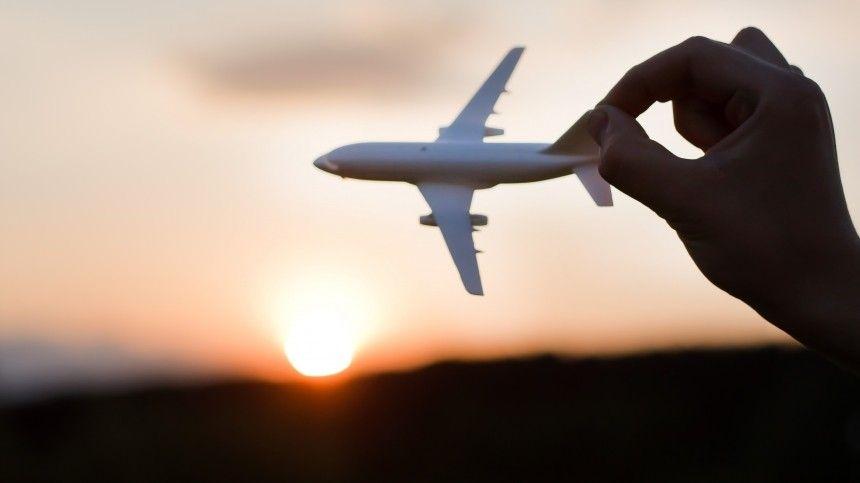 Насайте организации АТОР приведены данные оправилах посещения около 100 государств.
