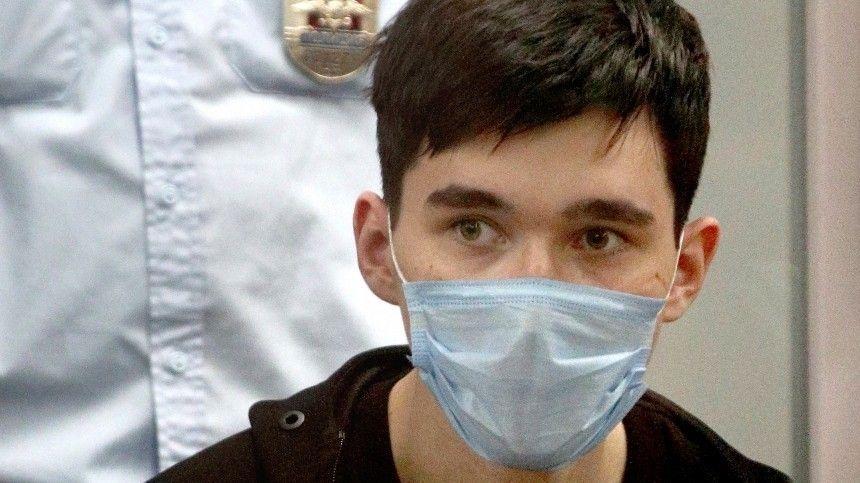 Ранее обвиняемый несостоял научете ниупсихиатра, ниунарколога.