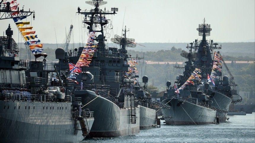 Политики ижурналисты, рядовые ивоенные— все обсуждают военную мощь России: есть чему завидовать.
