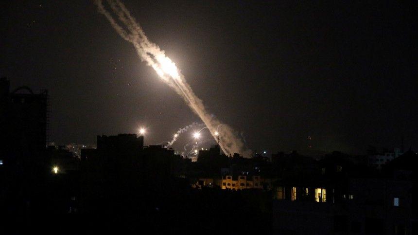 Взаимные обстрелы израильская армия ипалестинские группировки всекторе Газа ведут с10мая.