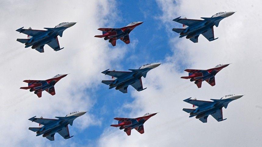 Для знаменитого построения «Кубинский бриллиант» впервые использовали истребители Су-35.