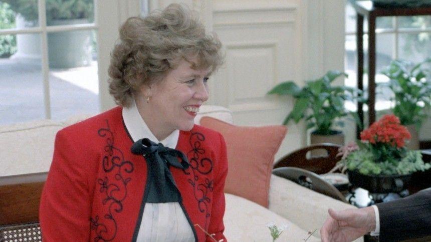 Сюзанна Масси заявила, что сочлабы зачесть стать обладателем российского паспорта.