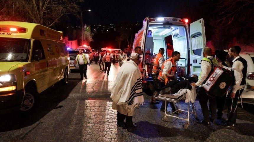 Попредварительным данным, травмы врезультате ЧПполучили десятки человек.