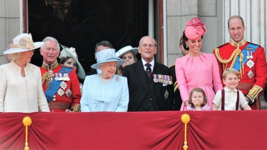 Мошенничество Королевскую семью призвали рассекретить завещание принца Филиппа