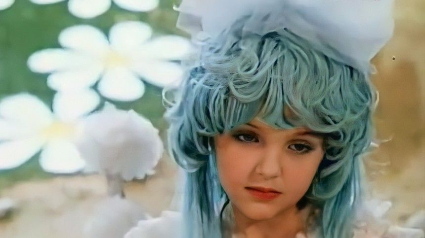 Исполнительница роли Мальвины в«Приключениях Буратино» умерла на54-м году жизни отонкологии.