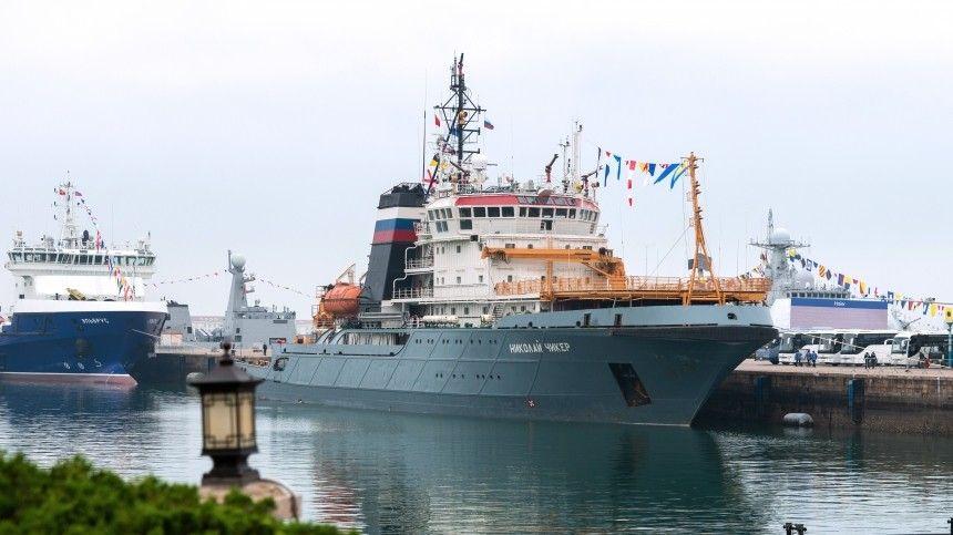 Военная смекалка: Группа российских кораблей сорвала учения ВМС Японии и США