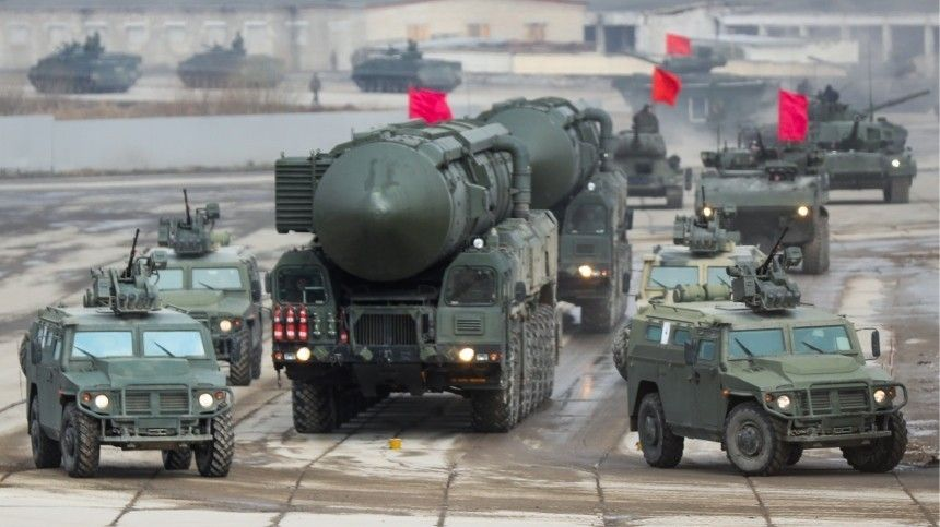 Ставка на качество: РФ продолжит модернизацию армии и флота на фоне внешних угроз