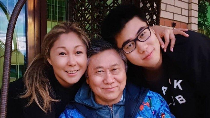 Как я буду без сцены  муж 50-летней Аниты Цой мечтает о втором ребенке