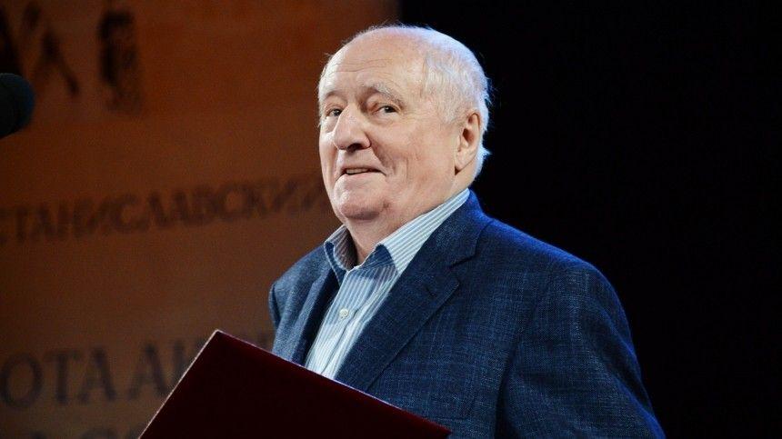 Вдова Караченцова назвала ужасом ситуацию в Ленкоме после смерти Захарова
