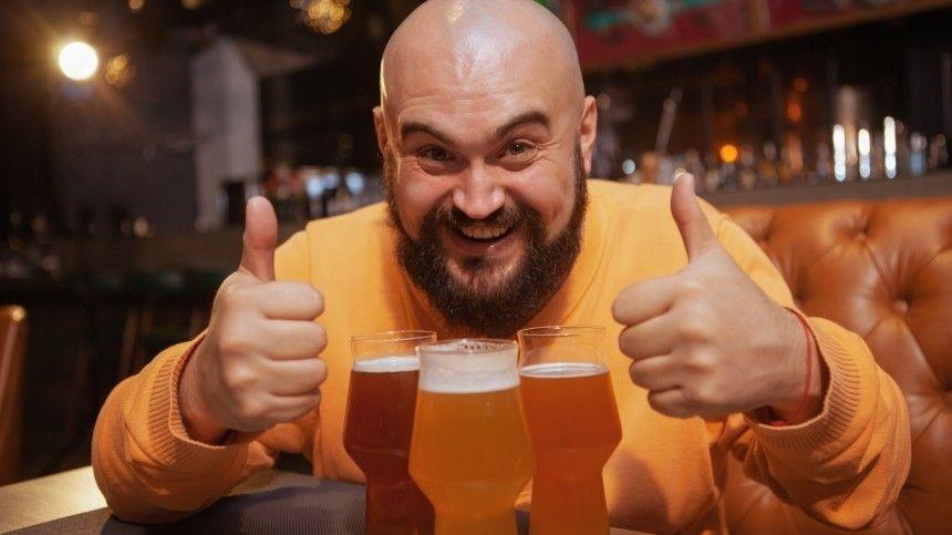 Узлоупотребителей хмельным напитком меняется нетолько внешность, ноивозникают проблемы спсихикой.