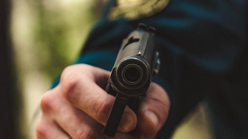 Двое подростков получили огнестрельные ранения возле школы под Волгоградом