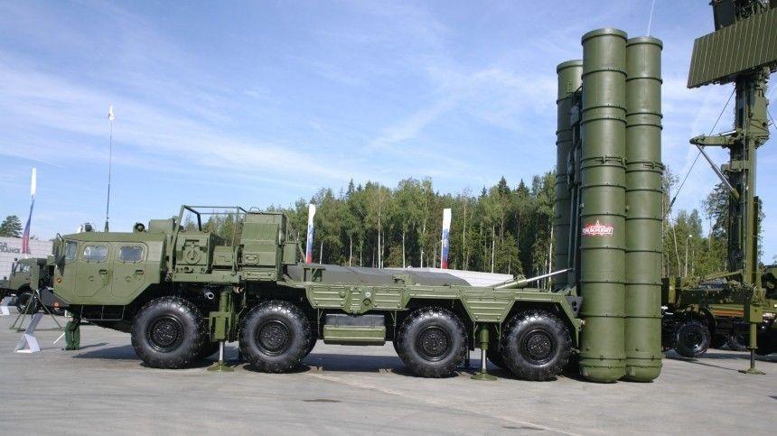 В Ленобласти прошли боевые учения расчетов систем С-400 Триумф
