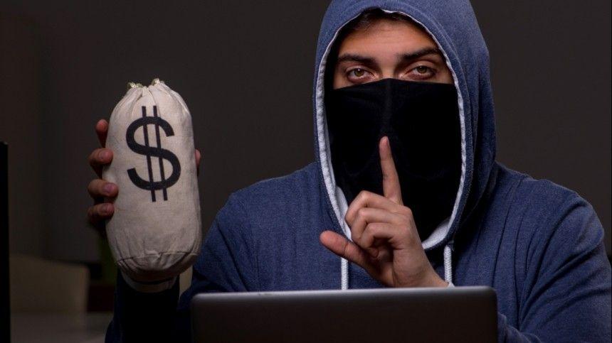 Сколько денег в месяц телефонные мошенники крадут со счетов россиян