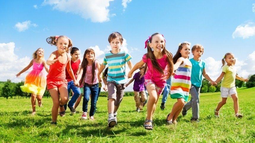 Правительство выделит 4,5 миллиарда рублей на детский туристический кешбэк