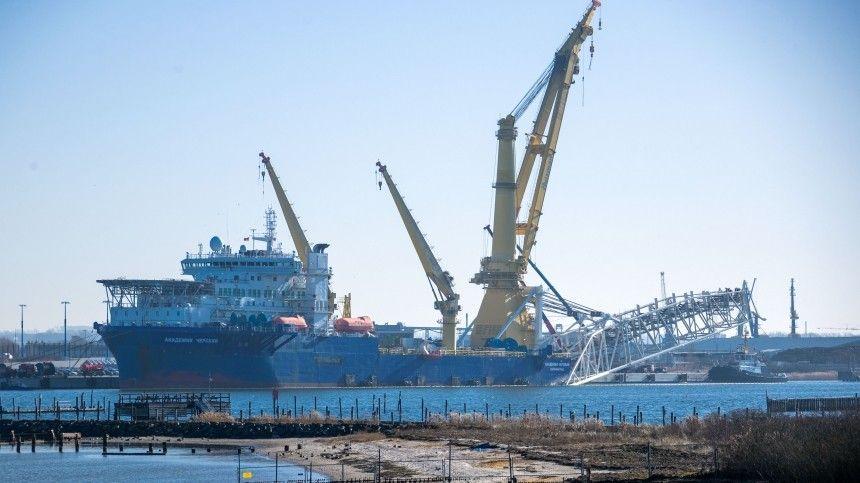 Работы ведутся всоответствии снеобходимыми разрешениями, сообщает компания-оператор проекта Nord Stream 2 AG.