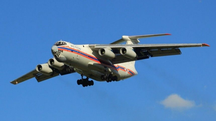 Два спецборта МЧС доставили россиян в Москву из сектора Газа