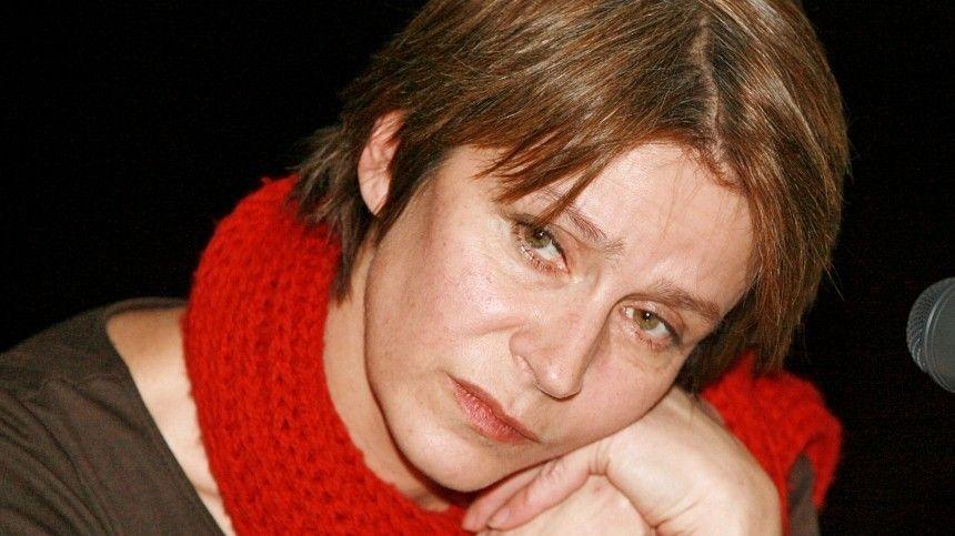 Звезда фильма Зимняя вишня Елена Сафонова госпитализирована