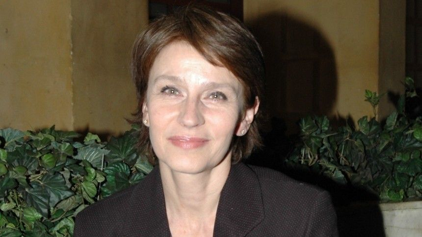 Директор звезды фильма Зимняя вишня Сафоновой опроверг ее госпитализацию