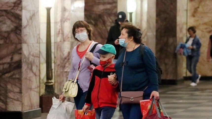 Омерах борьбы сраспространением коронавируса встолице высказались Ксения Собчак, Александр Цыпкин иАндрей Разин.