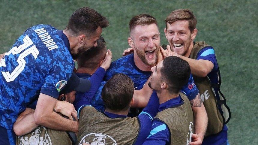 Игра только что завершилась настадионе «Санкт-Петербуг» всеверной столице.