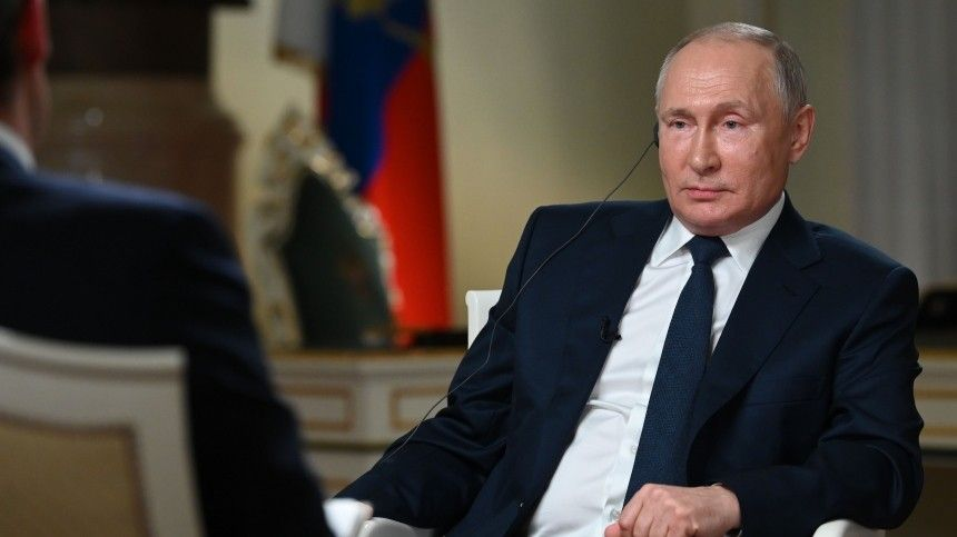 Кибератаки, НАТО, посадка самолета в Минске: о чем говорил Путин в интервью телеканалу NBC