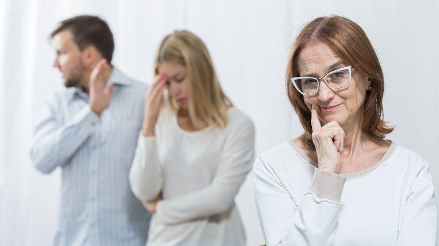 Психолог Ольга Адрианова рассказала 5-tv.ru, отрех неправильных моделях поведения впаре.