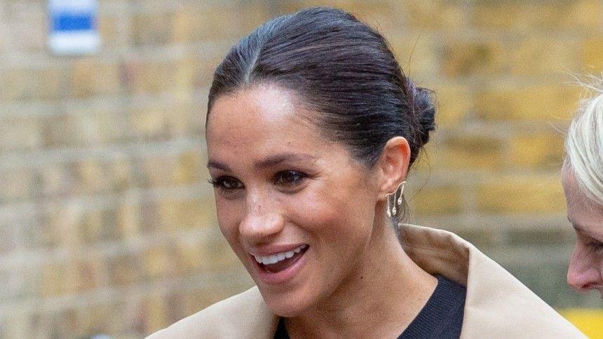 Супруга принца Гарри продолжает раздражать королевскую семью.