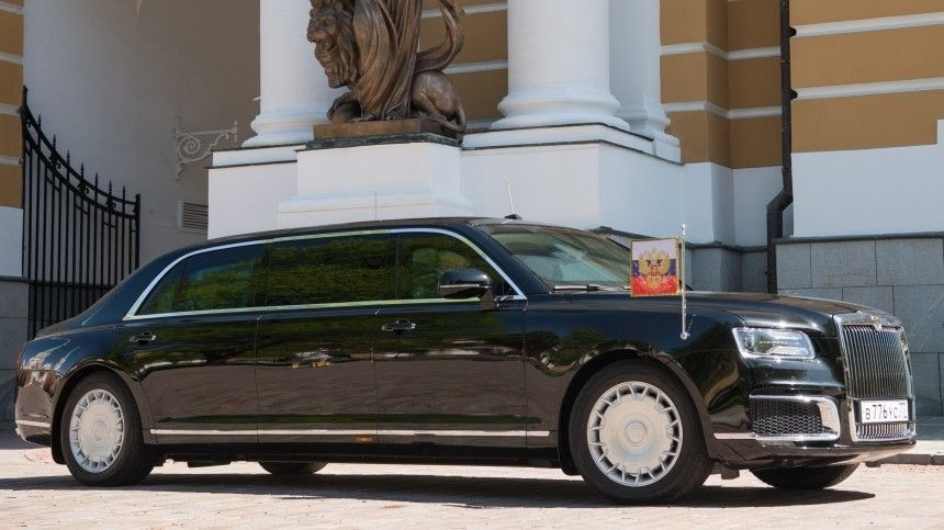 Автоэксперт рассказал оглавных «фишках» авто российского иамериканского президентов.