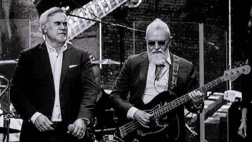 Скончался Вячеслав Воронов— бас-гитарист итоварищ артиста. Музыкант долго боролся сболезнью.
