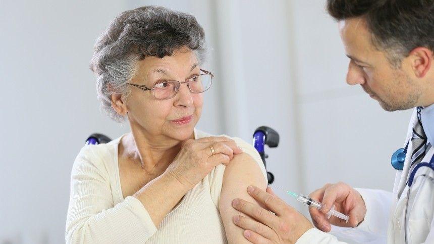 Ранее мэр столицы Сергей Собянин призвал москвичей кповторной вакцинации из-за появления вирусов-мутантов.