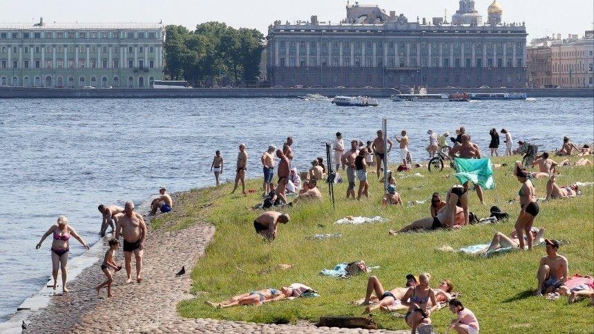Петербург и Москва продолжают ставить температурные рекорды лета
