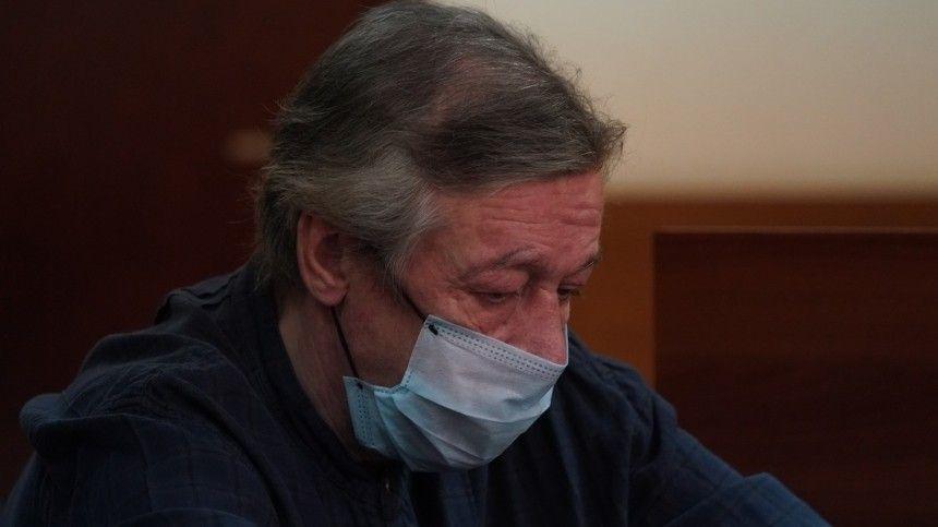 Ефремов просит снисхождения из-за расстройства психики и алкогольной зависимости