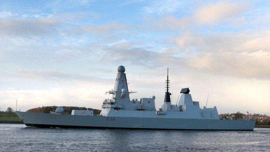 Глава МИД Британии отверг российскую версию инцидента с эсминцем Defender