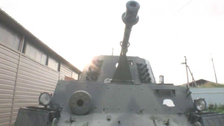 Пугающий урок: Уралец катал детей на немецком танке по деревне в День памяти и скорби