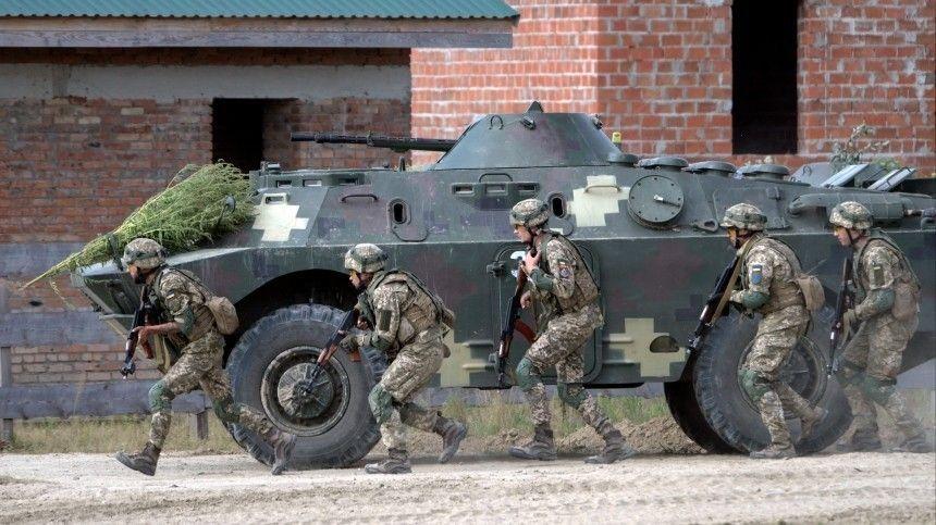 Советник украинской делегации вТрехсторонней контактной группе Алексей Арестов считает, что ВСУ смогут взять под контроль восточную границу вслучае эскалации сРоссией.
