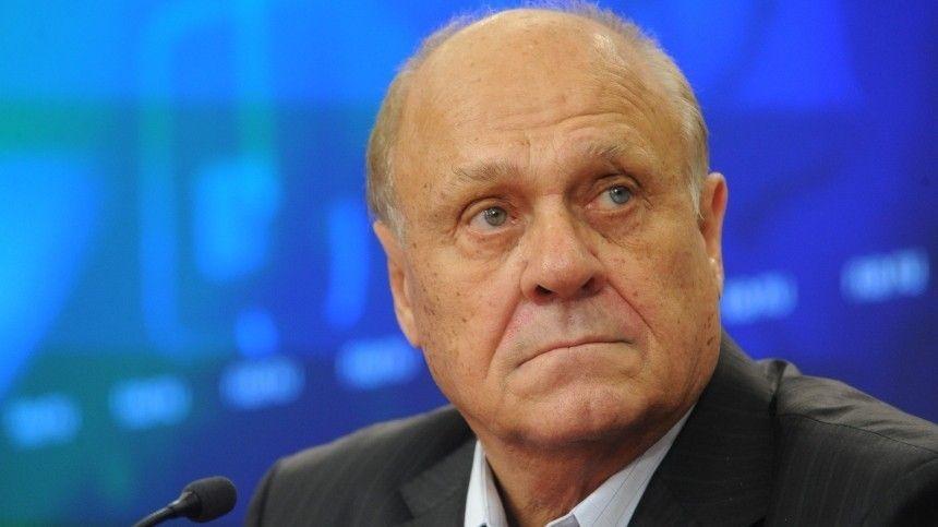 Известный российский режиссер скоропостижно скончался на82-м году жизни оттяжелых последствий COVID-19.